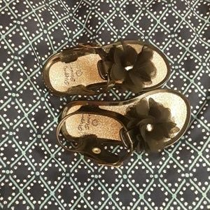 Stepping Stone flowered thong sandals